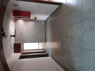 Gallery Cover Image of 1750 Sq.ft 3 BHK Apartment for rent in  Swagatam Apartments, Sector 62 for 20000