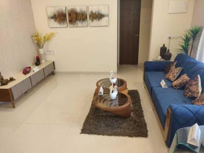 Gallery Cover Image of 637 Sq.ft 1 BHK Apartment for buy in Borivali East for 7400000