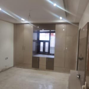 Gallery Cover Image of 1800 Sq.ft 3 BHK Independent Floor for rent in Paschim Vihar for 34000