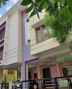 Gallery Cover Image of 5000 Sq.ft 10 BHK Apartment for rent in Valasaravakkam for 125000