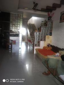 Gallery Cover Image of 1100 Sq.ft 3 BHK Independent House for buy in Salaiya for 6500000