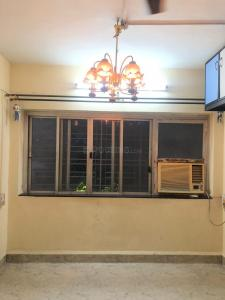 Gallery Cover Image of 605 Sq.ft 1 BHK Apartment for rent in Saket Apartment, Erandwane for 14500
