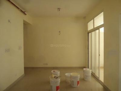 Gallery Cover Image of 1045 Sq.ft 2.5 BHK Apartment for rent in Mahagunpuram for 6000