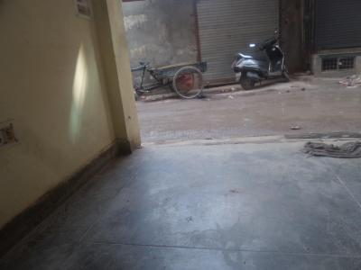 Gallery Cover Image of 450 Sq.ft 1 BHK Apartment for rent in Tughlakabad for 13000