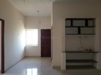 Gallery Cover Image of 966 Sq.ft 2 BHK Apartment for buy in Thirumullaivoyal for 3600000