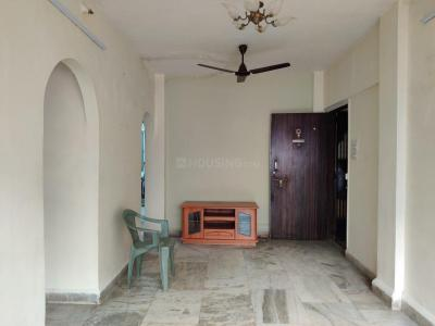 Gallery Cover Image of 850 Sq.ft 2 BHK Apartment for rent in Madhuvan Heights, Vasai East for 10000