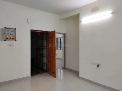 Gallery Cover Image of 1250 Sq.ft 2 BHK Apartment for rent in Thoraipakkam for 16500