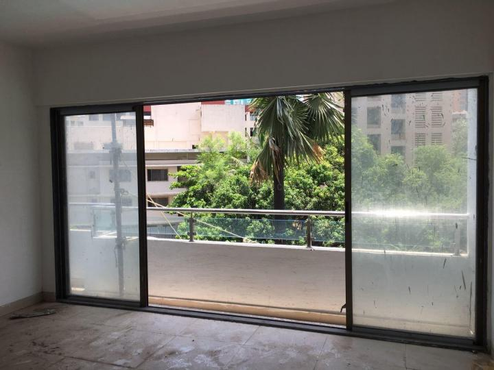 Living Room Image of 620 Sq.ft 1 BHK Apartment for rent in Goregaon East for 33000