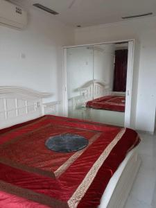 Gallery Cover Image of 1700 Sq.ft 3 BHK Apartment for rent in Andheri West for 125000