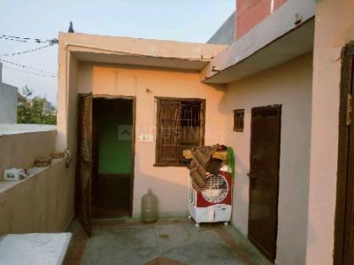Gallery Cover Image of 380 Sq.ft 1 RK Independent House for rent in Sector 15 for 7000
