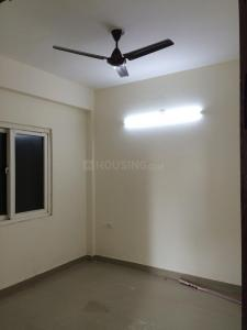 Gallery Cover Image of 1230 Sq.ft 2 BHK Apartment for rent in Omega II Greater Noida for 10000