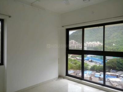 Gallery Cover Image of 820 Sq.ft 2 BHK Apartment for rent in Ashray Jaswanti Woods, Mulund West for 33000