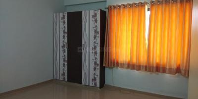 Gallery Cover Image of 2700 Sq.ft 4 BHK Apartment for rent in Makarba for 40000