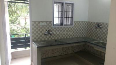 Gallery Cover Image of 800 Sq.ft 2 BHK Apartment for rent in Madipakkam for 12000