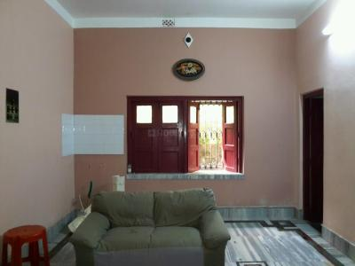 Gallery Cover Image of 3000 Sq.ft 5+ BHK Independent House for rent in Thakurpukur for 25000