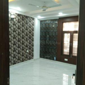 Gallery Cover Image of 2600 Sq.ft 4 BHK Independent Floor for buy in Kaushambi for 12500000