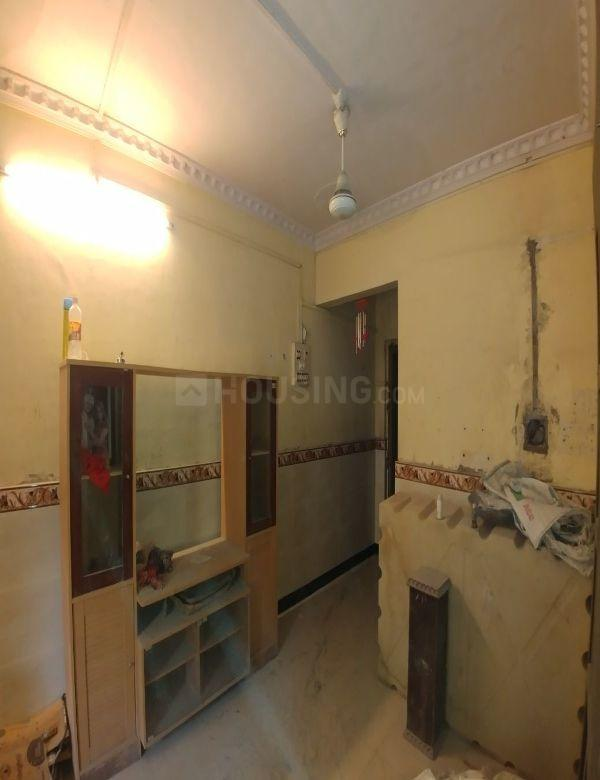 Living Room Image of 550 Sq.ft 1 BHK Apartment for rent in Dombivli West for 8000