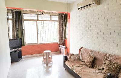 Gallery Cover Image of 800 Sq.ft 2 BHK Apartment for rent in Bandra East for 60000