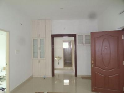 Gallery Cover Image of 1270 Sq.ft 3 BHK Apartment for rent in Valasaravakkam for 18000
