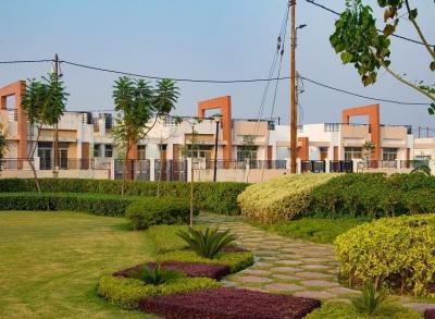 Gallery Cover Image of 2034 Sq.ft 3 BHK Independent Floor for buy in Banthra Sikander Pur	 for 5887000