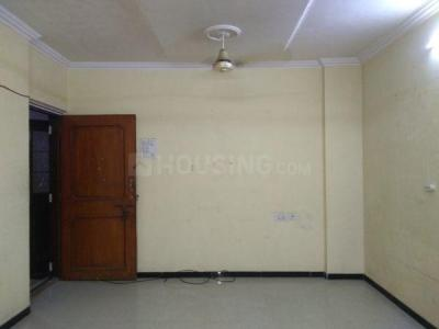 Gallery Cover Image of 850 Sq.ft 2 BHK Apartment for buy in Borivali West for 15500000