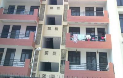 Gallery Cover Image of 2150 Sq.ft 3 BHK Apartment for rent in Sector 39 for 12000
