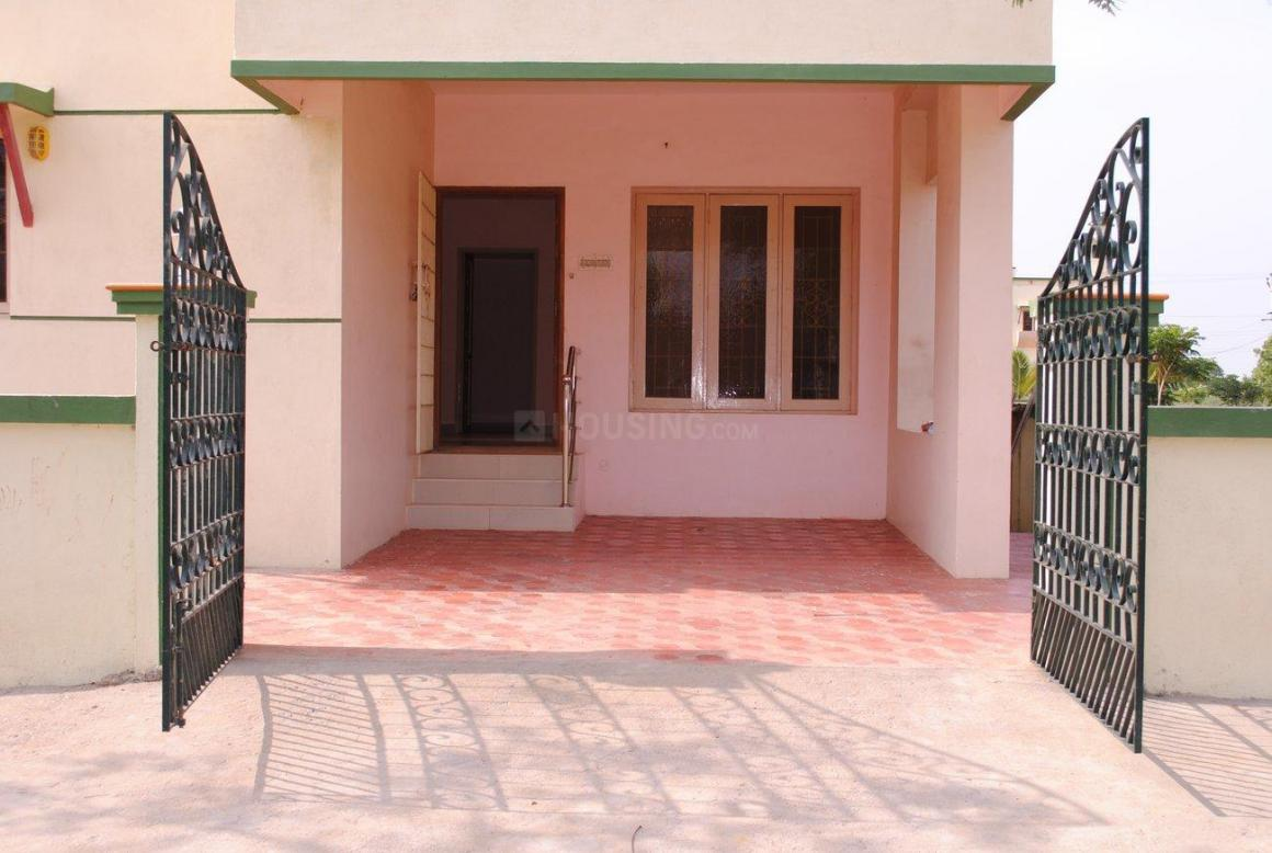 Main Entrance Image of 2000 Sq.ft 3 BHK Independent House for buy in Poonamallee for 12700000