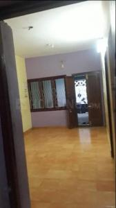 Gallery Cover Image of 1050 Sq.ft 3 BHK Independent Floor for rent in Manapakkam for 12000