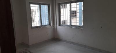 Gallery Cover Image of 1350 Sq.ft 3 BHK Apartment for rent in Behala for 12500