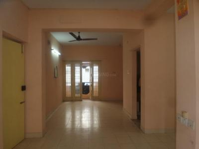 Gallery Cover Image of 1609 Sq.ft 3 BHK Apartment for rent in Ramapuram for 20000