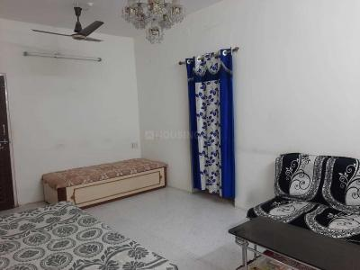 Gallery Cover Image of 650 Sq.ft 1 BHK Apartment for rent in Sudama Nagar for 8000