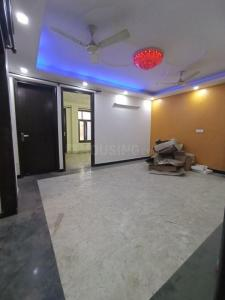 Gallery Cover Image of 900 Sq.ft 3 BHK Independent Floor for rent in RWA Khirki Extension Block R, Malviya Nagar for 20000