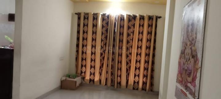 नालासोपारा वेस्ट में कम्फर्ट पीजी के बेडरूम की तस्वीर