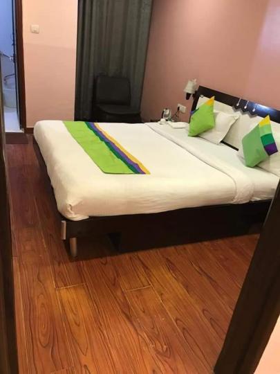 सेक्टर 19 में नवराज के बेडरूम की तस्वीर