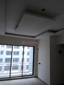 Gallery Cover Image of 800 Sq.ft 2 BHK Apartment for rent in Dombivli East for 12000