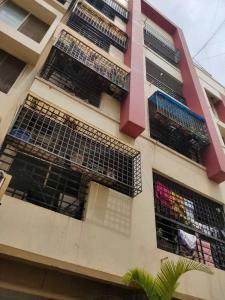 Gallery Cover Image of 1650 Sq.ft 3 BHK Apartment for rent in Vijaya Regency, Mahadevapura for 30000