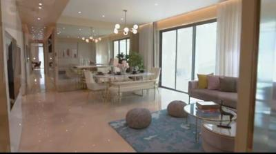 Gallery Cover Image of 2500 Sq.ft 4 BHK Apartment for buy in Rustomjee Seasons, Bandra East for 102500000