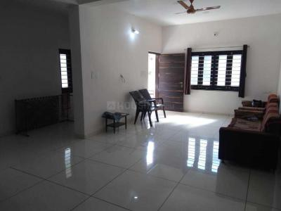 Gallery Cover Image of 2000 Sq.ft 2 BHK Independent Floor for rent in Satellite for 26000