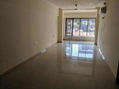 Gallery Cover Image of 1350 Sq.ft 3 BHK Apartment for rent in Santacruz West for 105000