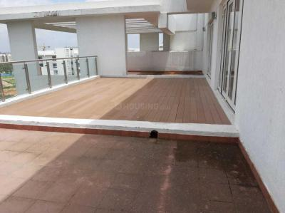Gallery Cover Image of 4800 Sq.ft 5 BHK Apartment for buy in Embassy Pristine, Bellandur for 42500000
