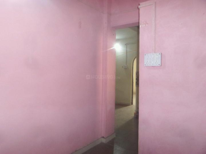 Kitchen Image of 900 Sq.ft 2 BHK Apartment for rent in Mundhwa for 13000