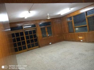Gallery Cover Image of 1907 Sq.ft 4 BHK Apartment for rent in New Friends Colony for 70000