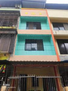 Gallery Cover Image of 1900 Sq.ft 2 BHK Independent House for buy in New Panvel East for 9500000