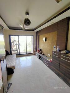 Gallery Cover Image of 800 Sq.ft 2 BHK Apartment for rent in Ghatkopar East for 33500
