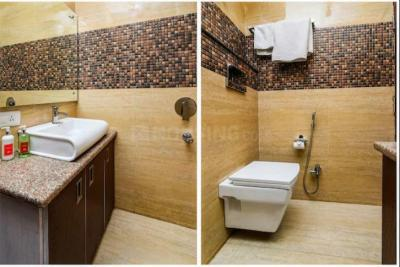 Common Bathroom Image of Blite Guest House in Sector 57