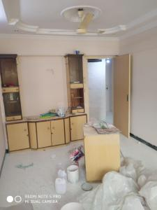 Gallery Cover Image of 875 Sq.ft 2 BHK Apartment for buy in Bhanumati Shopping Centre, Goregaon West for 14000000
