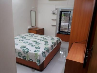Gallery Cover Image of 920 Sq.ft 2 BHK Apartment for rent in Bandra West for 75000