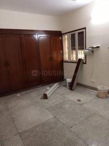 Gallery Cover Image of 1100 Sq.ft 2 BHK Apartment for rent in DDA Flat, Sarita Vihar for 28000