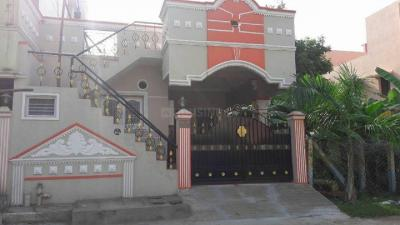 Gallery Cover Image of 750 Sq.ft 2 BHK Independent House for buy in Thirumazhisai for 3500000