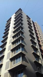 Gallery Cover Image of 2500 Sq.ft 4 BHK Apartment for rent in Santacruz West for 200000